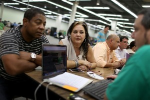 People Rush To Enroll Before Deadline For Affordable Care Act